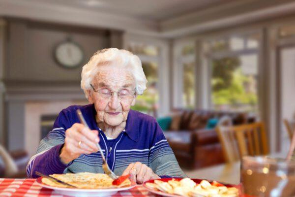 Nationale Pannenkoekdag laat ouderen niet in de kou staan